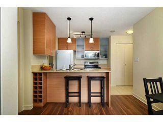 Photo 6: 1610 928 Homer Street in Yaletown Park 1: Home for sale : MLS®# V1031291