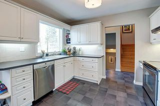 Photo 9: 1036 78 Avenue SW in Calgary: Chinook Park Detached for sale : MLS®# C4299058