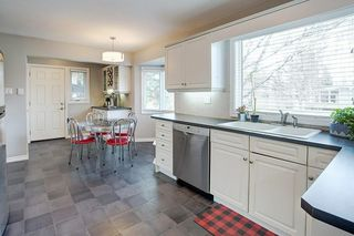 Photo 11: 1036 78 Avenue SW in Calgary: Chinook Park Detached for sale : MLS®# C4299058