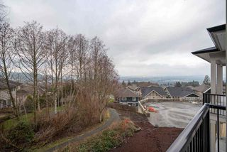 """Photo 3: 3 5248 GOLDSPRING Place in Chilliwack: Promontory House for sale in """"GOLDSPRING HEIGHTS"""" (Sardis)  : MLS®# R2479971"""