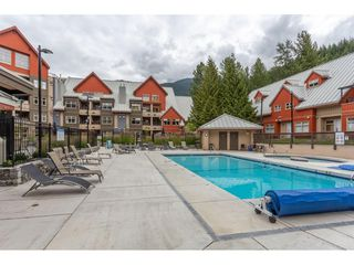 "Photo 18: 204 2050 LAKE PLACID Road in Whistler: Whistler Creek Condo for sale in ""Lake Placid Lodge"" : MLS®# R2502893"