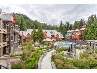 "Photo 2: 204 2050 LAKE PLACID Road in Whistler: Whistler Creek Condo for sale in ""Lake Placid Lodge"" : MLS®# R2502893"