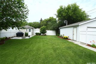 Photo 37: 323 Montreal Avenue South in Saskatoon: Meadowgreen Residential for sale : MLS®# SK833789