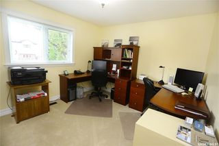 Photo 25: 323 Montreal Avenue South in Saskatoon: Meadowgreen Residential for sale : MLS®# SK833789