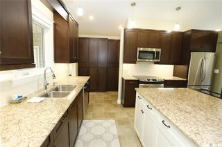 Photo 7: 323 Montreal Avenue South in Saskatoon: Meadowgreen Residential for sale : MLS®# SK833789