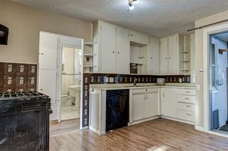 Photo 3: 8340 47 Avenue NW in Calgary: Bowness Detached for sale : MLS®# A1052532