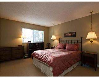 Photo 5: 1748 SCOTT RD in North Vancouver: House for sale (Lynn Valley)  : MLS®# V866717