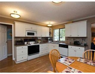 Photo 2: 1748 SCOTT RD in North Vancouver: House for sale (Lynn Valley)  : MLS®# V866717
