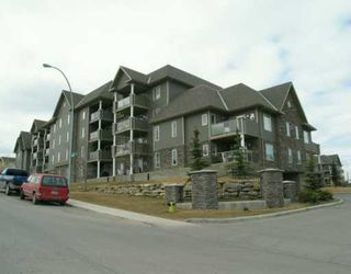Photo 1:  in CALGARY: Millrise Condo for sale (Calgary)  : MLS®# C3120173