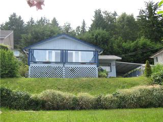 Photo 2: 413 S FLETCHER Road in Gibsons: Gibsons & Area House for sale (Sunshine Coast)  : MLS®# V888754