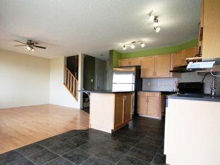 Photo 3: 144 371 Marina Drive: Chestermere Townhouse for sale : MLS®# C3497613