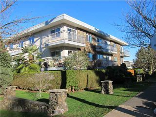 Photo 1: 330 711 E 6TH Avenue in Vancouver: Mount Pleasant VE Condo for sale (Vancouver East)  : MLS®# V1036891