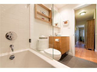 "Photo 12: 316 750 E 7TH Avenue in Vancouver: Mount Pleasant VE Condo for sale in ""DOGWOOD PLACE"" (Vancouver East)  : MLS®# V1041888"