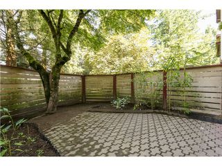 "Photo 12: 10531 HOLLY PARK LN in Surrey: Guildford Townhouse for sale in ""HOLLY PARK"" (North Surrey)  : MLS®# F1404080"