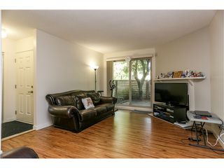 "Photo 2: 10531 HOLLY PARK LN in Surrey: Guildford Townhouse for sale in ""HOLLY PARK"" (North Surrey)  : MLS®# F1404080"