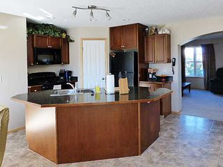 Photo 3: 183 COVECREEK Place NE in Calgary: Coventry Hills Residential Detached Single Family for sale : MLS®# C3638239