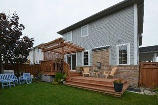Photo 13: 1 Howling Crest in Ajax: South East House (2-Storey) for sale : MLS®# E3044828