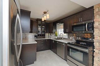 Photo 4: 726 Mohawk Road in Hamilton: Ancaster House (1 1/2 Storey) for sale : MLS®# X3112460