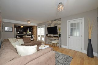 Photo 7: 726 Mohawk Road in Hamilton: Ancaster House (1 1/2 Storey) for sale : MLS®# X3112460