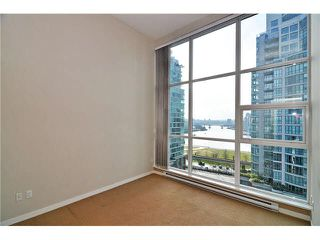 "Photo 8: 1406 189 NATIONAL Avenue in Vancouver: Mount Pleasant VE Condo for sale in ""THE SUSSEX"" (Vancouver East)  : MLS®# V1132745"