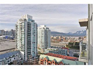 "Photo 12: 1406 189 NATIONAL Avenue in Vancouver: Mount Pleasant VE Condo for sale in ""THE SUSSEX"" (Vancouver East)  : MLS®# V1132745"