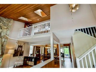 """Photo 3: 9075 144A Street in Surrey: Bear Creek Green Timbers House for sale in """"BARCLAY WYND"""" : MLS®# F1447603"""