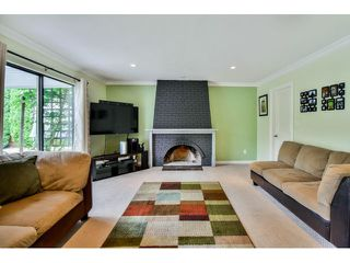 """Photo 8: 9075 144A Street in Surrey: Bear Creek Green Timbers House for sale in """"BARCLAY WYND"""" : MLS®# F1447603"""