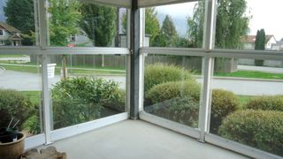 "Photo 11: 104 1203 PEMBERTON Avenue in Squamish: Downtown SQ Condo for sale in ""Eaglegrove"" : MLS®# R2005707"