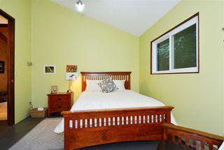 "Photo 12: 13538 20 Avenue in Surrey: Crescent Bch Ocean Pk. House for sale in ""Ocean Park"" (South Surrey White Rock)  : MLS®# R2012213"
