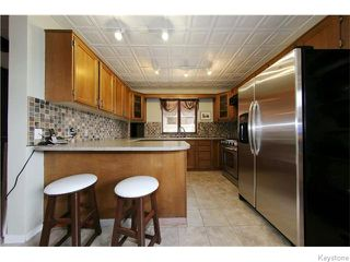 Photo 9: 462 Bredin Drive in WINNIPEG: East Kildonan Residential for sale (North East Winnipeg)  : MLS®# 1529512