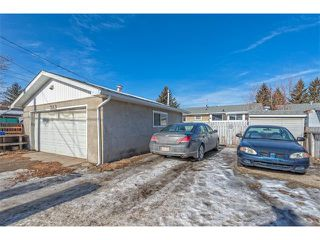 Photo 25: 7603 35 Avenue NW in Calgary: Bowness House  : MLS®# C4049295