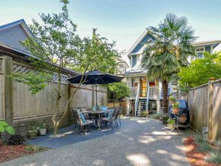 Photo 16: 1850 GRANT Street in Vancouver: Grandview VE House 1/2 Duplex for sale (Vancouver East)  : MLS®# R2069613