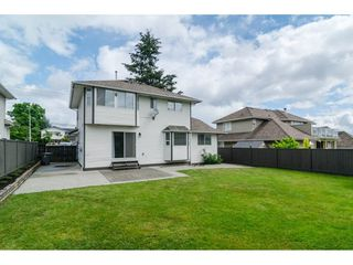 Photo 19: 18918 60 Avenue in Surrey: Cloverdale BC House for sale (Cloverdale)  : MLS®# R2082733
