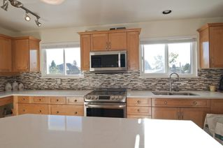 Photo 3: 7520 115 Street in Delta: Scottsdale House for sale (N. Delta)  : MLS®# R2093931