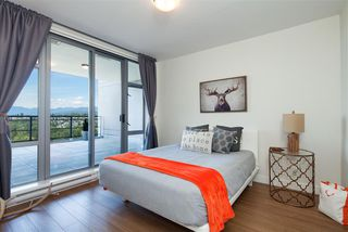 "Photo 11: 2306 280 ROSS Drive in New Westminster: Fraserview NW Condo for sale in ""THE CARLYLE"" : MLS®# R2101139"
