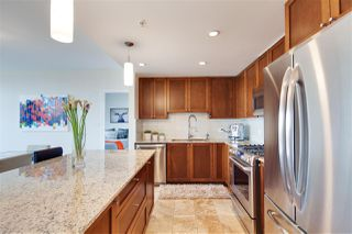 "Photo 3: 2306 280 ROSS Drive in New Westminster: Fraserview NW Condo for sale in ""THE CARLYLE"" : MLS®# R2101139"