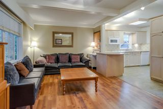 Photo 4: 21666 MOUNTAINVIEW Crescent in Maple Ridge: West Central House for sale : MLS®# R2102654