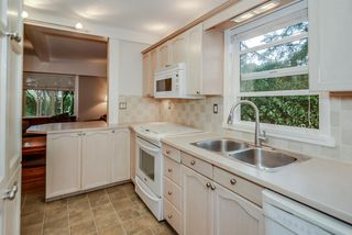 Photo 8: 21666 MOUNTAINVIEW Crescent in Maple Ridge: West Central House for sale : MLS®# R2102654