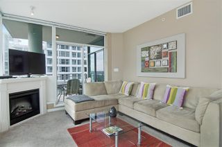 "Photo 2: 502 138 E ESPLANADE in North Vancouver: Lower Lonsdale Condo for sale in ""Premier at the Pier"" : MLS®# R2108976"