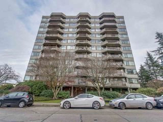 "Main Photo: 102 2445 W 3RD Avenue in Vancouver: Kitsilano Condo for sale in ""CARRIAGE HOUSE"" (Vancouver West)  : MLS®# R2126642"