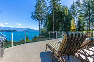 "Main Photo: 1454 SMITH Road in Gibsons: Gibsons & Area House for sale in ""LANGDALE"" (Sunshine Coast)  : MLS®# R2133101"