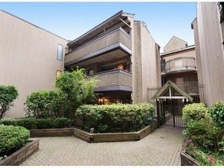 "Photo 1: 203 3191 MOUNTAIN Highway in North Vancouver: Lynn Valley Condo for sale in ""Lynn Terrace II"" : MLS®# R2133788"