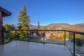 Photo 4: R2135344 - 2330 Oneida Dr, Coquitlam House For Sale