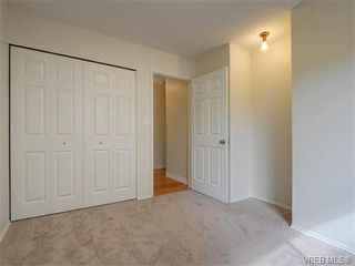 Photo 15: 4077 N Livingstone Ave in VICTORIA: SE Mt Doug Single Family Detached for sale (Saanich East)  : MLS®# 753942