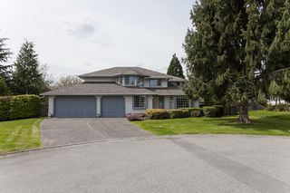 Photo 3: 8361 143A Street in Surrey: Bear Creek Green Timbers House for sale : MLS®# R2161623