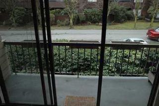 Photo 4: 1717 W 13TH Ave in Vancouver: Fairview VW Condo for sale (Vancouver West)  : MLS®# V628562