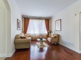 Photo 3: 72 Junetown Circle in Brampton: Credit Valley House (2-Storey) for sale : MLS®# W3883207