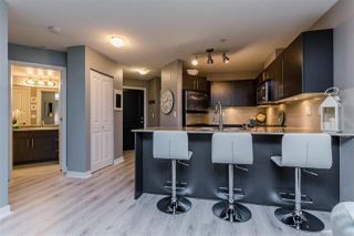 Photo 2: 102 8915 202 Street in Langley: Walnut Grove Condo for sale : MLS®# R2192394