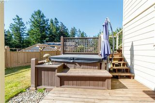 Photo 20: 3397 Rockwood Terr in VICTORIA: Co Triangle Single Family Detached for sale (Colwood)  : MLS®# 767212