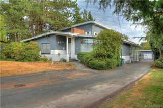 Photo 1: 1885 Feltham Rd in VICTORIA: SE Lambrick Park House for sale (Saanich East)  : MLS®# 769790